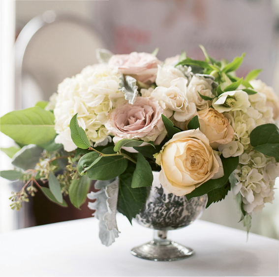 Alvina Valenta Meet & Greet: Flowers by FLORA. Photographed at White on Daniel Island by Marni Rothschild Pictures
