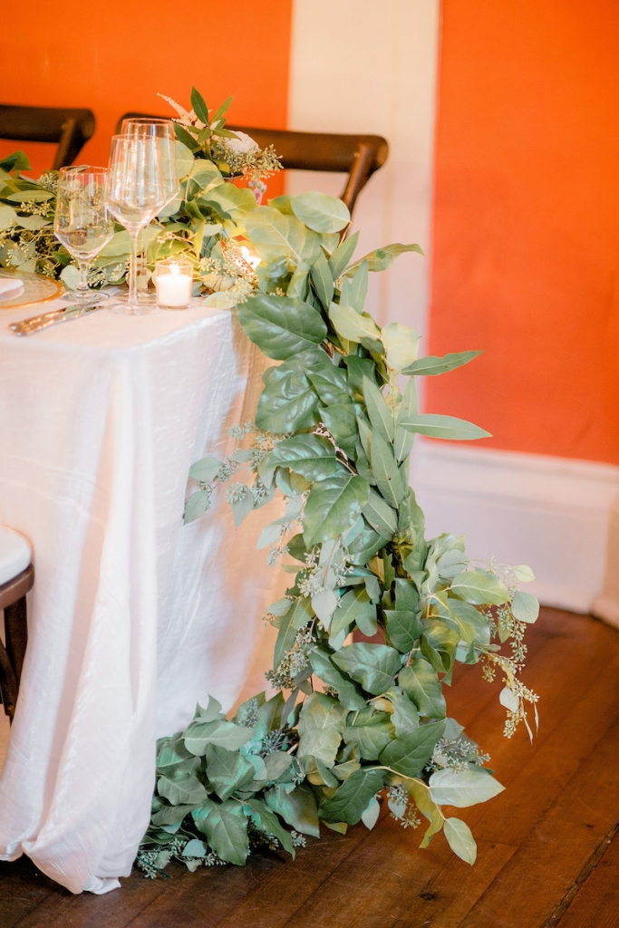 Florals by Out of the Garden. Photograph by Brandon Lata at the William Aiken House.