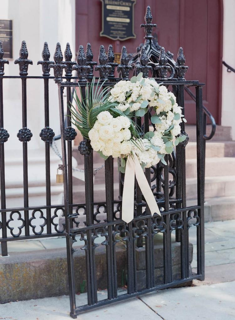 Florals by Tara Guérard Soirée. Photograph by Elizabeth Messina at the French Huguenot Church of Charleston.
