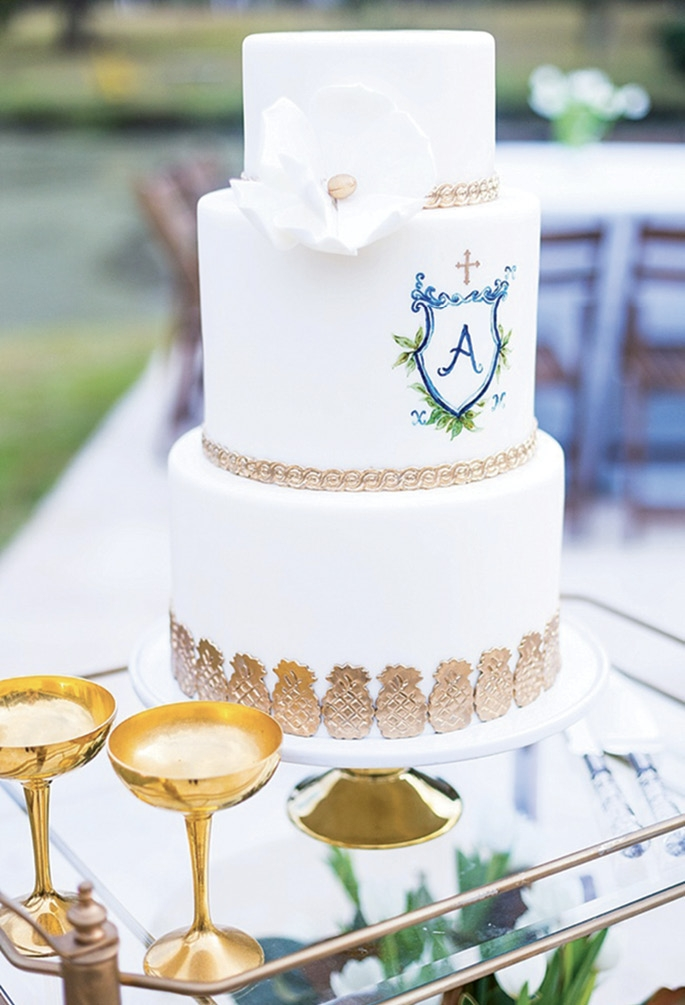 When planner Samantha Anderson wed her husband,  Maxwell, Etsy artist Karli Strohschein's custom crest popped up everywhere. Image by Carter Fish Photography