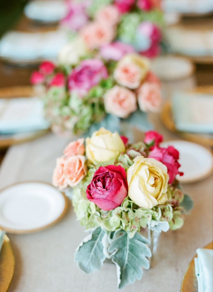 Event and floral design by Engaging Events. Photograph by Marni Rothschild Pictures.