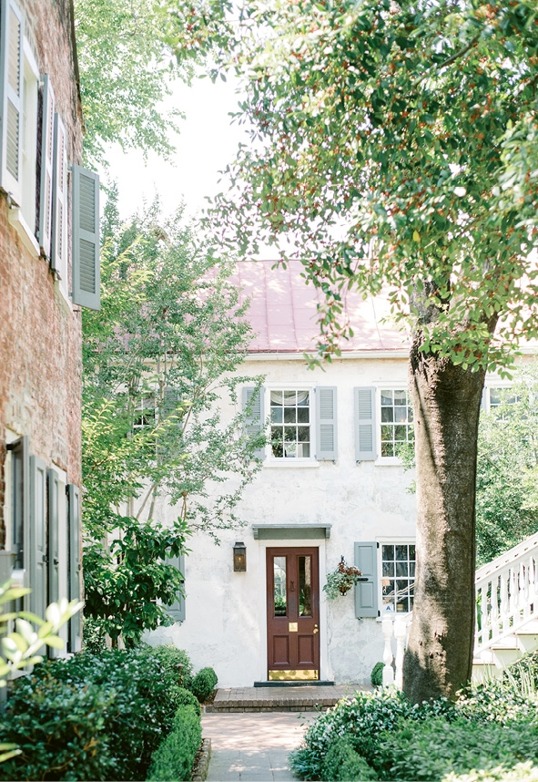 "Luxury boutique hotel Zero George in Charleston served as accommodations for the couple and the perfect ""getting ready"" location. (Photo by Aaron & Jillian Photography)"
