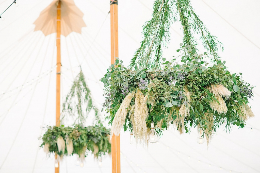 Wedding design by Sweetgrass Social. Florals by Branch Design Studio. Tent by Sperry Tents Southeast. Rentals from EventWorks. Image by Aaron and Jillian Photography.